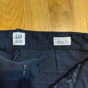 NWOT GAP Signature Skinny Ankle pants